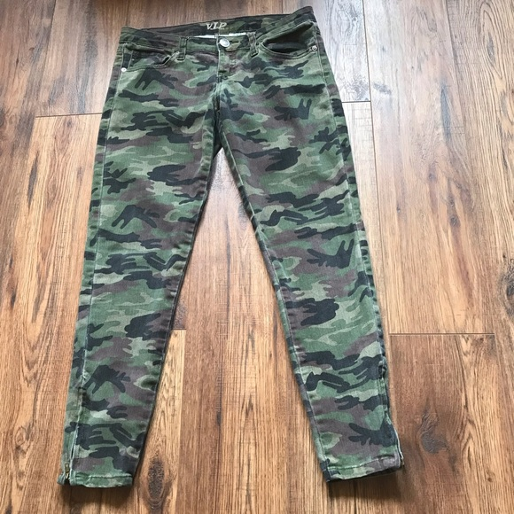 VIP Denim - 🛵 Camo Print Jeans